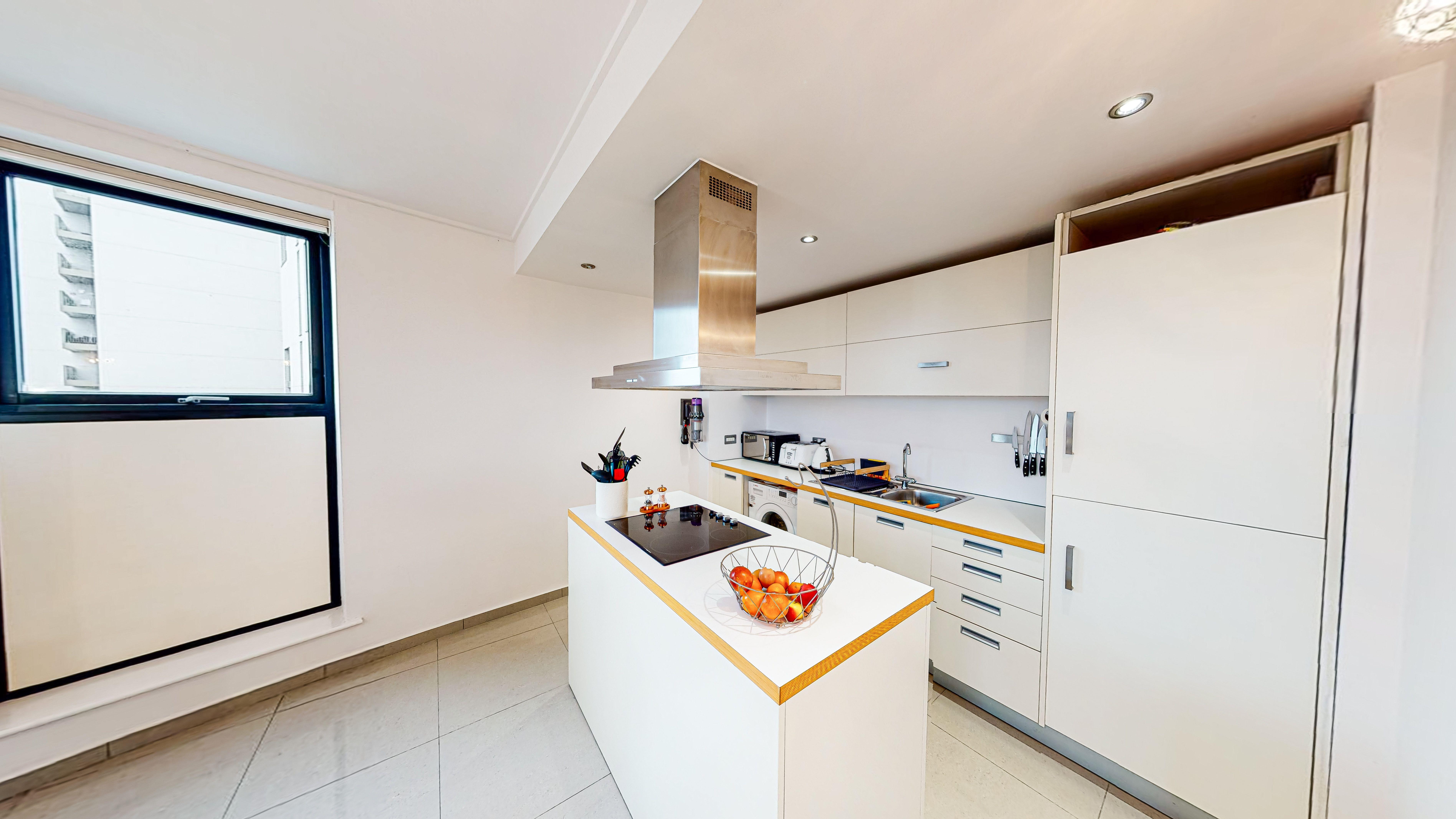 conveyancing kitchen - Bentley Hurst